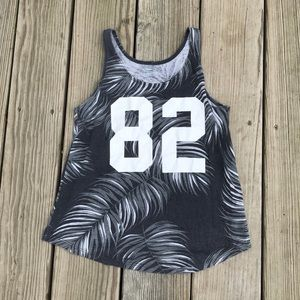 Old navy tank top, Lg 10-12 kids (Good Condition)